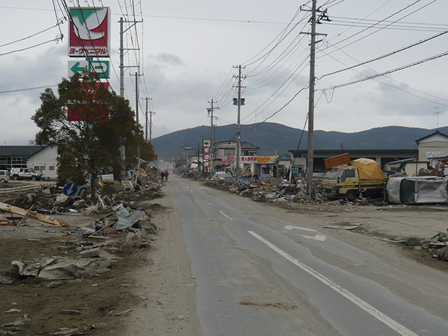 Damage After junction of Magiyama road, Route398 / Direction of Onagawa / Near Doba